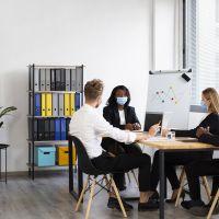 Défibrillateur entreprise : une nécessité vitale