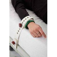 Attache poignet ou cheville à fermeture magnétique - la paire