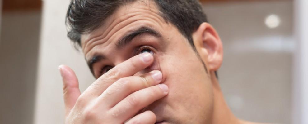 Quand utiliser un rince œil portatif ?